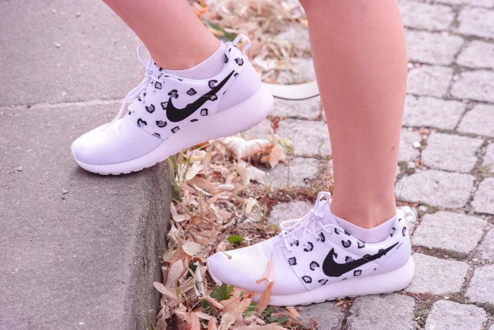 Sneaker Elegance