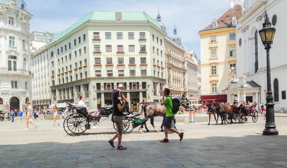 TheRubinRose-Modeblog-München-Fashionblog-Modeblog München-Fashionblog München-Fashion-Travel-Reisen-Sparen-Tipps-Spartipps-Geheimtipps-Studenten-Budget-Student-günstig reisen-Stadt-Städtetrips-London-Wien-Amsterdam-Verona-Italien-England-Griechenland-Samos