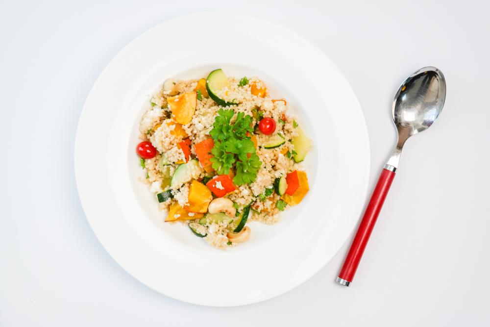 TheRubinRose-München Modeblog-München-Fashionblog-Kürbis-Couscous-Cashewnüsse-Cashewkerne-Gemüse-Petersilie-Zuccini-Gericht-Rezept-einfach-schnell-fit-fitness-lowcarb-diet-diät