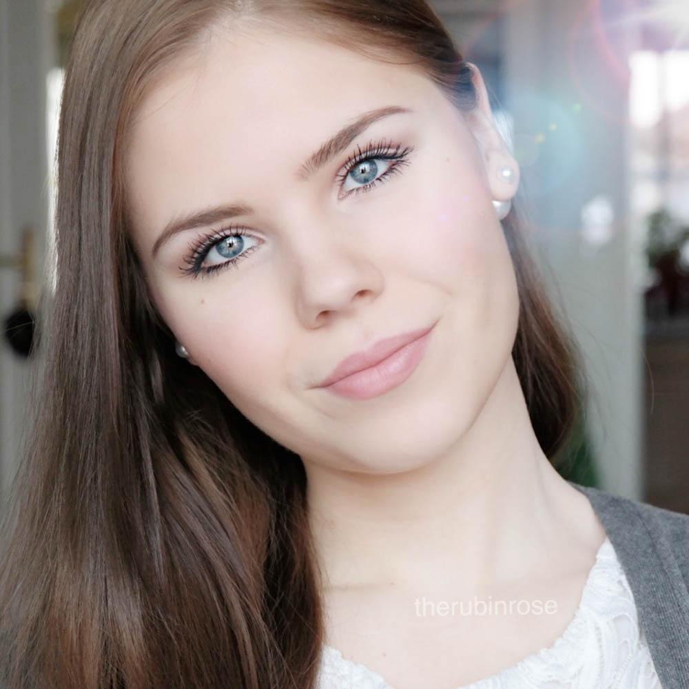 TheRubinRose-München Modeblog-München-Fashionblog-Beautyblog-Beauty-Schminke-Maybelline-Maskara-Wimperntusche-Review-Erfahrung-Erfahungsbericht-schwarz