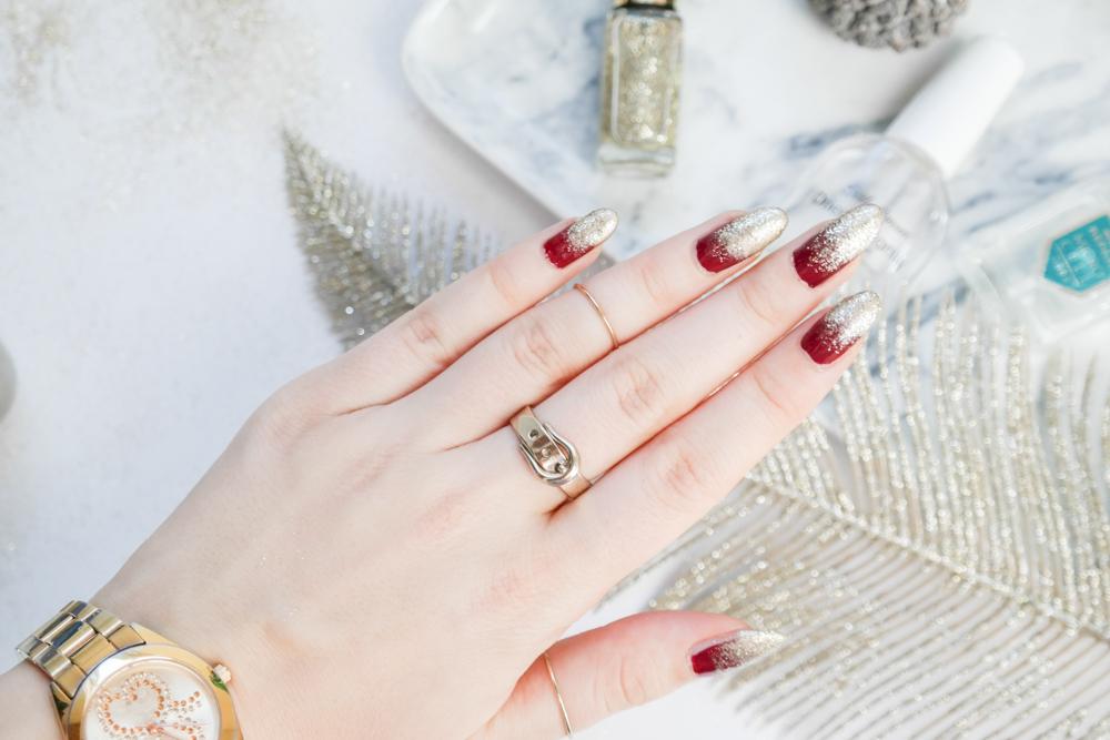 Weihnachtliches Nageldesign – rot gold ombré