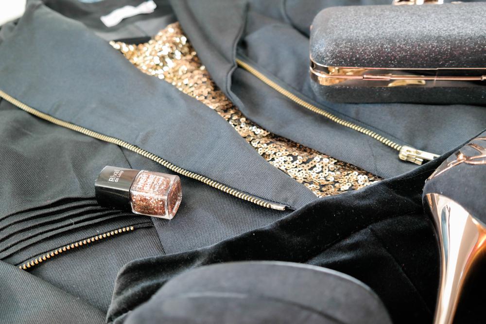 TheRubinRose-Fashionblog-Modeblog-München-Fashionblogger-Modeblogger-Deutschland-Silvester Outfit-Silvester Look-Silvester-Neujahr-Party-Vorsätze-Gedanken-Strass-Glitzer-gold-schwarz