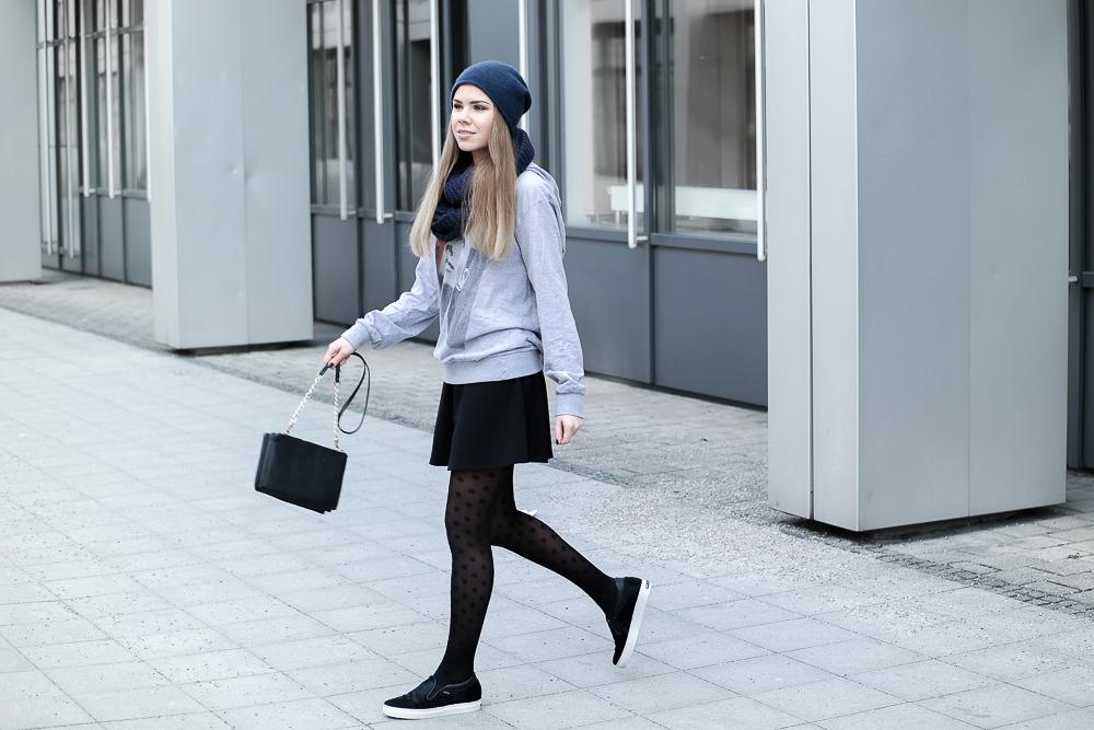 TheRubinRose-Fashion Blog-Mode Blog-München-Munich-Berlin-Hamburg-Goretex-Gore-Tex-Schuhe-Sneaker-Gewinnspiel-Teilnahmebedingungen-Boyfriend-Look-style-Streetstyle-Hoodie-Beanie-H&M-Accessorize-COS-ELEVENPARIS