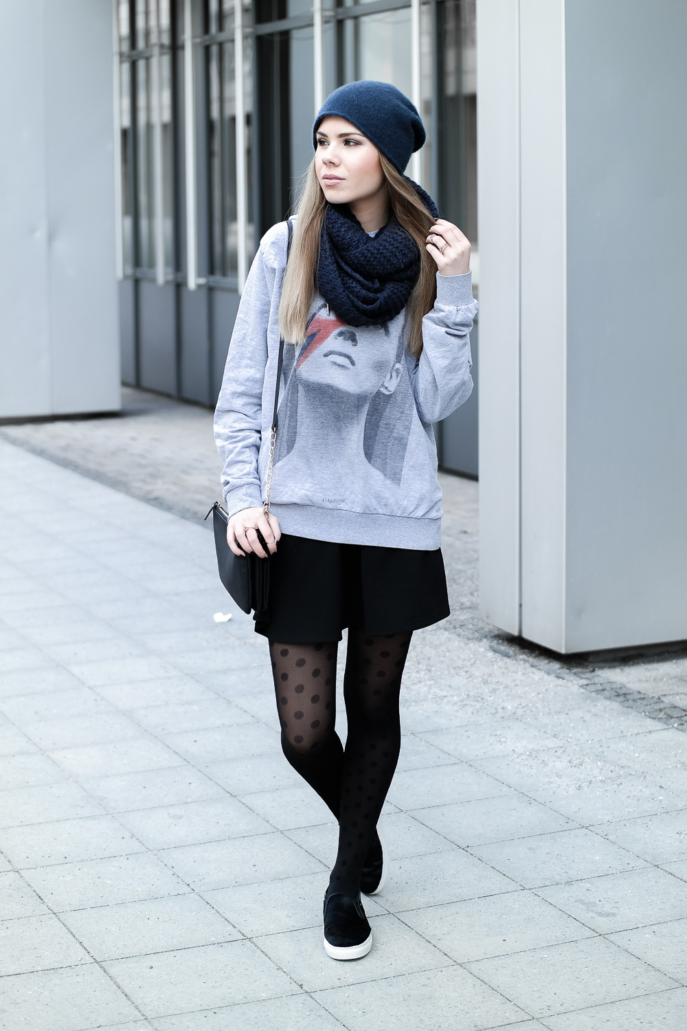 TheRubinRose-Fashion Blog-Mode Blog-München-Munich-Berlin-Hamburg-Goretex-Gore-Tex-Schuhe-Sneaker-Gewinnspiel-Teilnahmebedingungen-Boyfriend-Look-style-Streetstyle-Hoodie-Beanie-H&M-Accessorize-COS-ELEVENPARIS