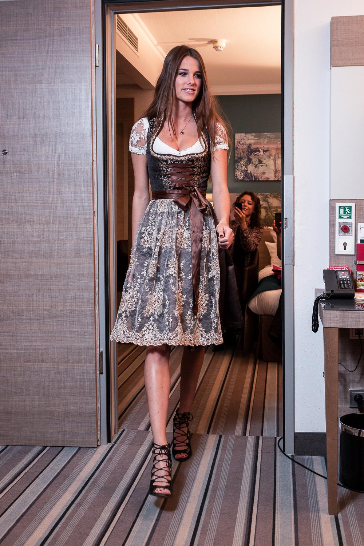 TheRubinRose-The Rubin Rose-Fashion Blog-Modeblog-München-Munich-Berlin-Blogger Events-Blogger-Fashionshows-Veranstaltungen-Einladungen-Pressdays-Marken-Fragen-Trachtenwahnsinn-Modenschau-Dirndl-Wie erhalte ich Blogger Event Einladungen-Wie erhalte ich Geschenke-Goodiebag-Goodiebags-Werbegeschenke-Kooperationen-Connections-Freunde-Geld-Trachten-Frühlingsfest