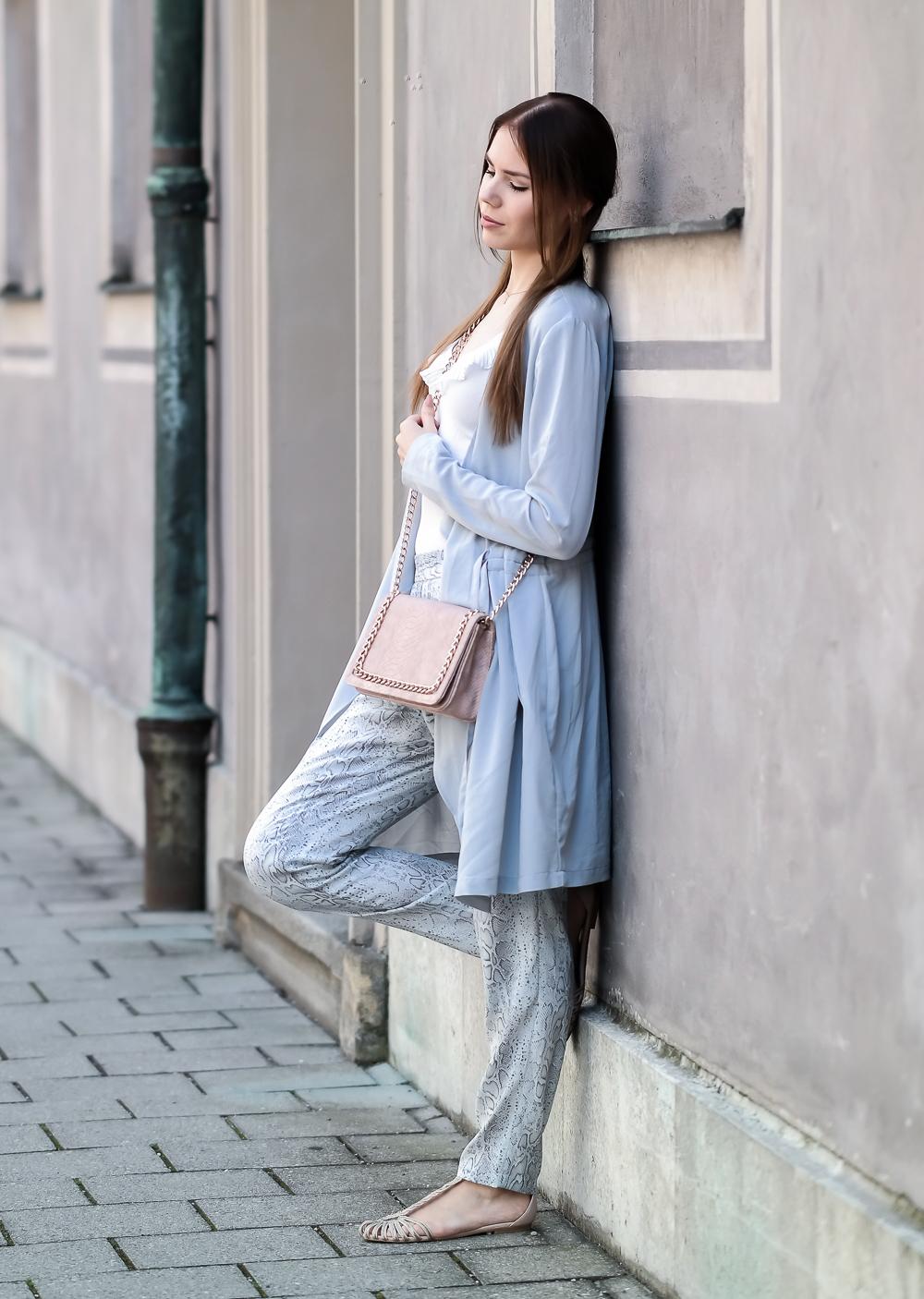TheRubinRose-The Rubin Rose-Modeblag München-Fashionblog München-Munich-Germany-Deutschland-Privates vs. Geschäftliches-Privates-Beruf-Freunde-Familie-Beziehung-Freund-Reisen-Asos-Zara-H&M-Only-Event-Feiern-Religion-Politik-Do's und Don'ts