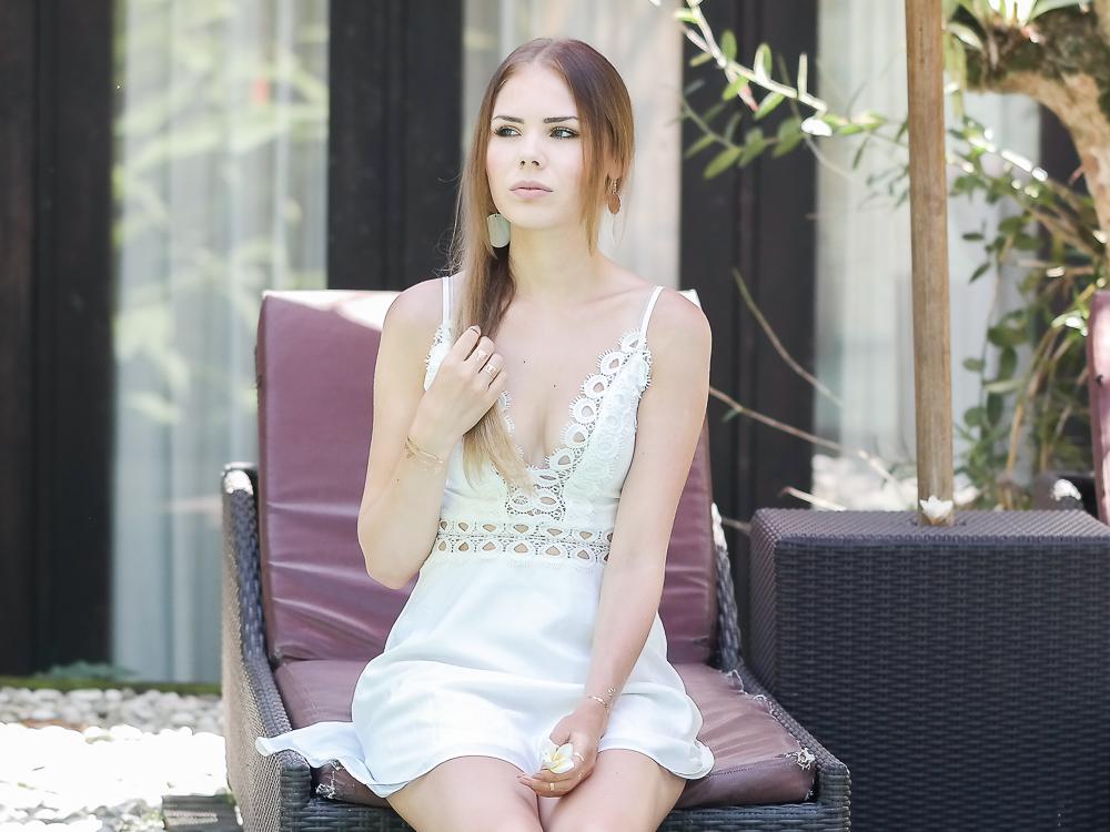Nahansicht Spitzenkleid Modeblog