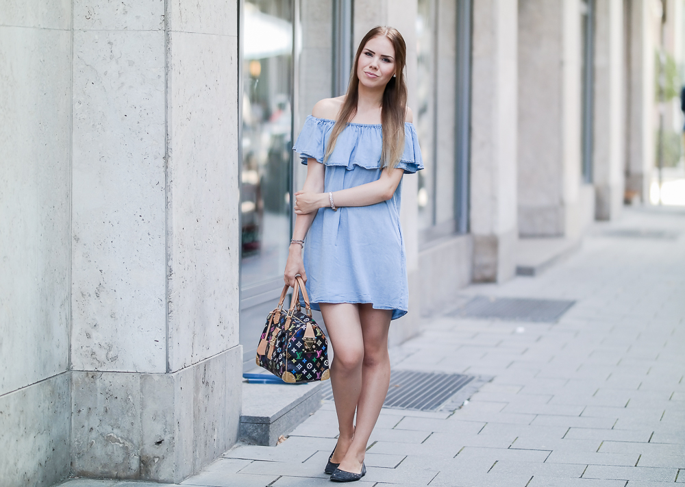 Off-Shoulder Liebe ❤️ Zara Denim Kleid