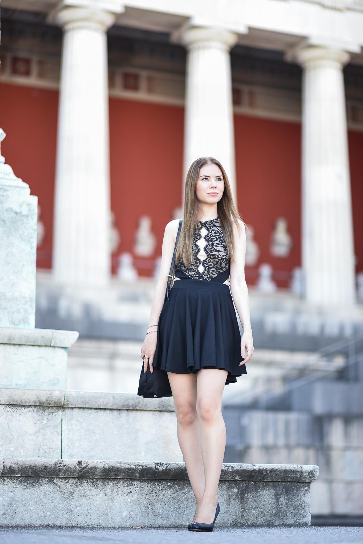 schwarzes-kleid