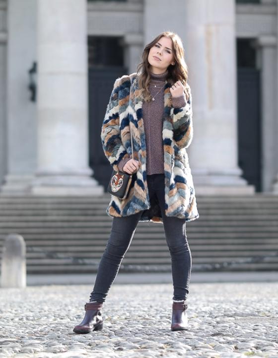 EMU Chelsea Boots & Fake Fur Jacke