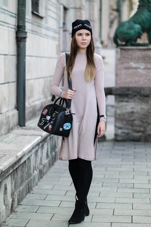 Langer-Kaschmir-Pullover-rosa-HM-eng-anliegend-figurbetont-Modeblog-Patches-Tasche