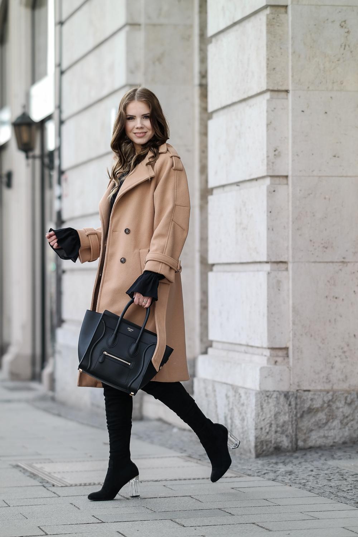 ashion-Blogger-München-Streetstyle-langer-Mantel-Celine-Bag-Overknee-Stiefel-durchsichtiger-Absatz-Nur-Die-Strumpfhose-Wie-eine-zweite-Haut-Amber