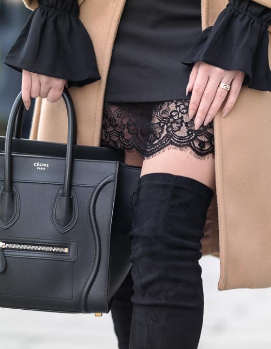 Beiger Mantel w/ Spitzenrock + 1 Monat ohne Hose