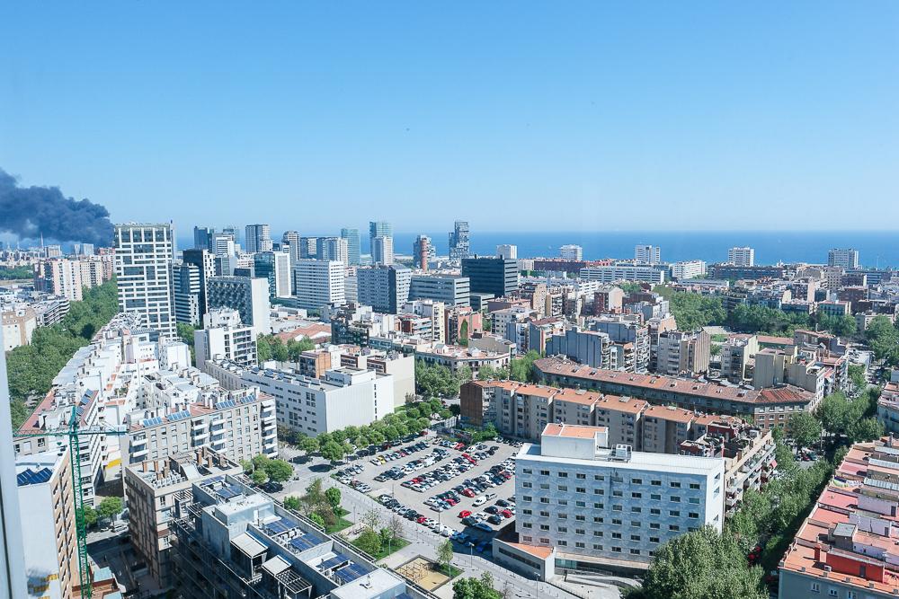 The-Level-Sea-View-Meeresblick-Meerausblick-Aussicht-Ausblick-Panorama-Stadt