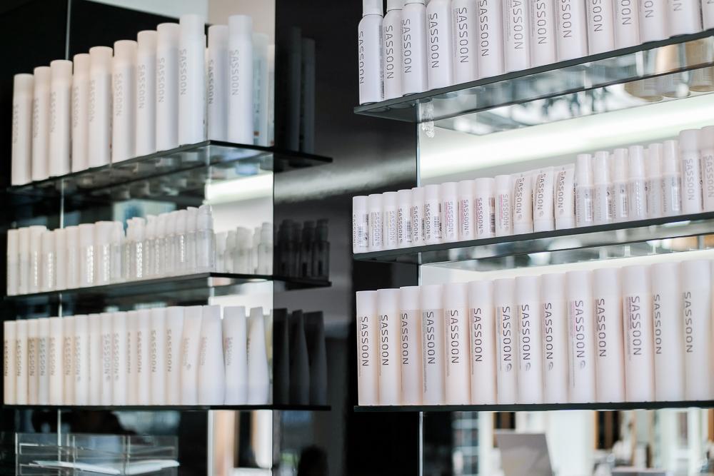 Vidal-Sassoon-Salon-München-Odeonsplatz-Friseur-Sassoon-Produkte-Shampoo-Spülung-Treatment-Hitzeschutz