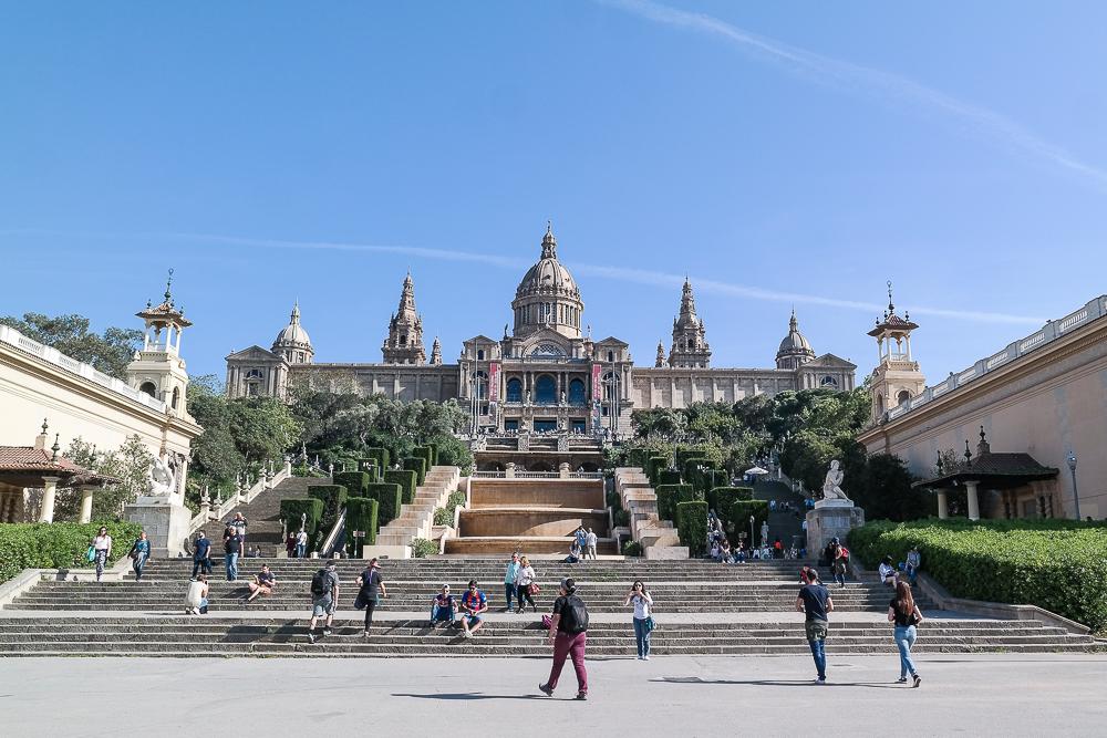 Museu-Nacional-d'art-de-Catalunya-Font-Magica-de-Montjuic