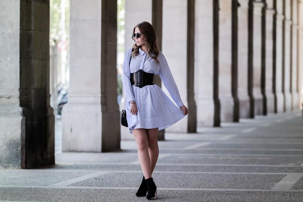 Fashion Blog München-Taillengürtel-Corsagen-Korsetts-Trend-Frühjahr-Sommer-2017-Blusenkleid-Urlaubs-Look