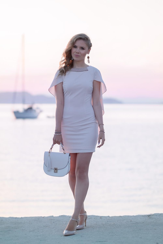 Abschlussballkleid-kurz-rosa-Fashionblogger München