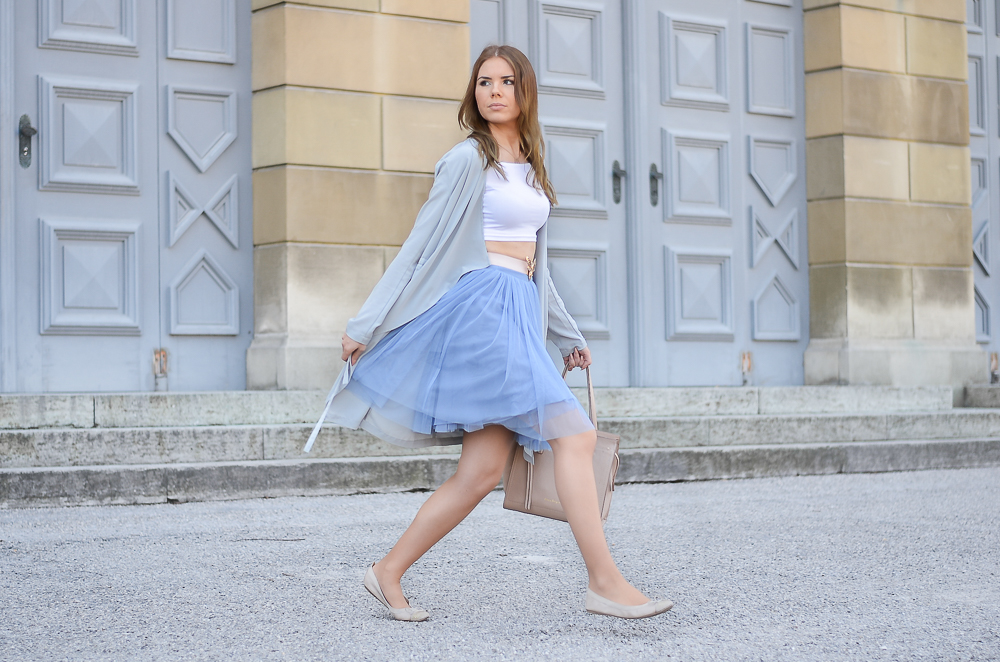 Fashionblog München-Kindheit-Ballerina Look-blauer Tüllrock