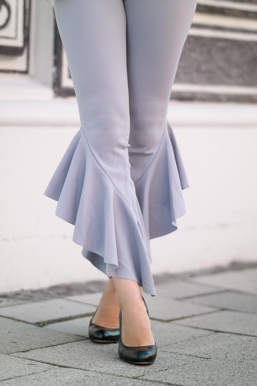 Fashion Blog Munich-Volant Hose Misspap mit High Heels