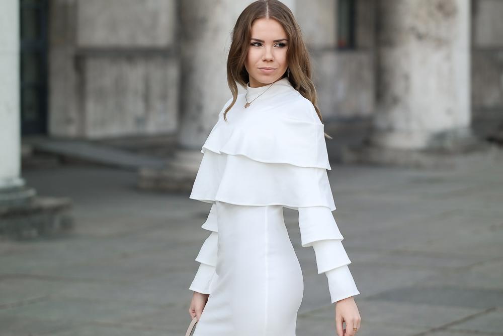 Fashionblog-Weißes sommerliches Kleid mit Volant Ärmeln