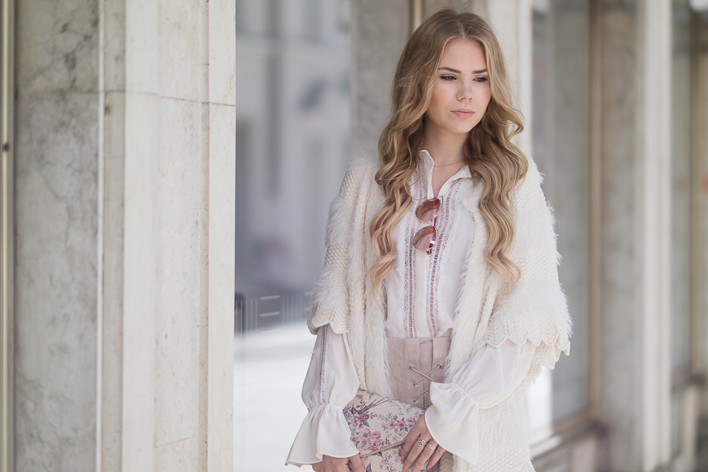 Warmes Herbst Outfit in creme rosa