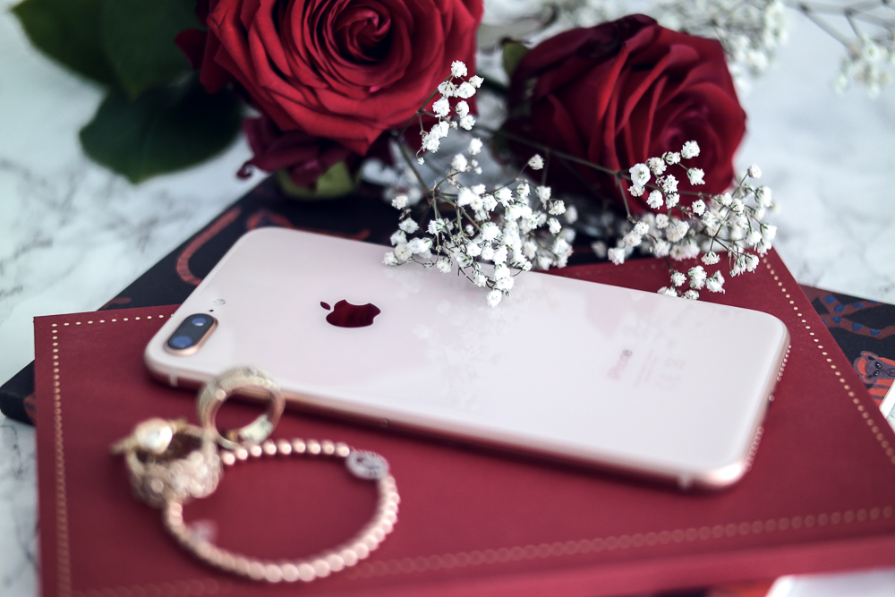 Fashion Blog München-Instagram Blogger iPhone 7:8 Plus Kamera-Portrait Funktion-Smartphone-Handy Flatlay