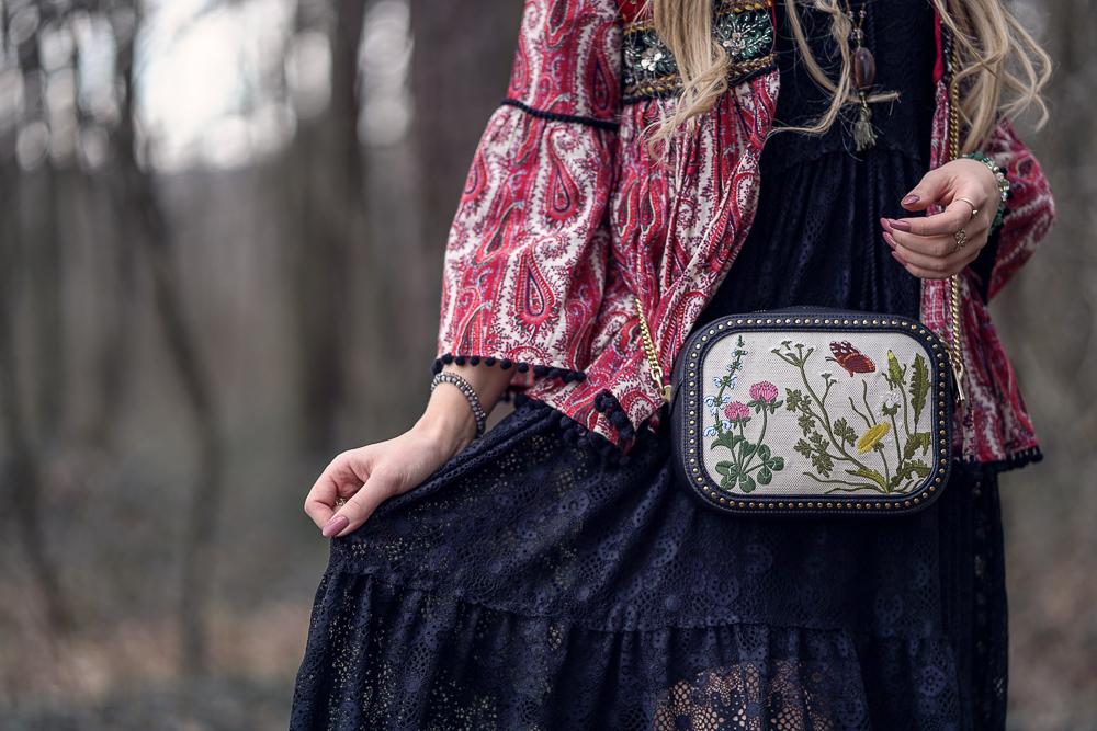 Bally Tasche mit Blumenstickerei-Frühlings Must Have-Wertheim Village