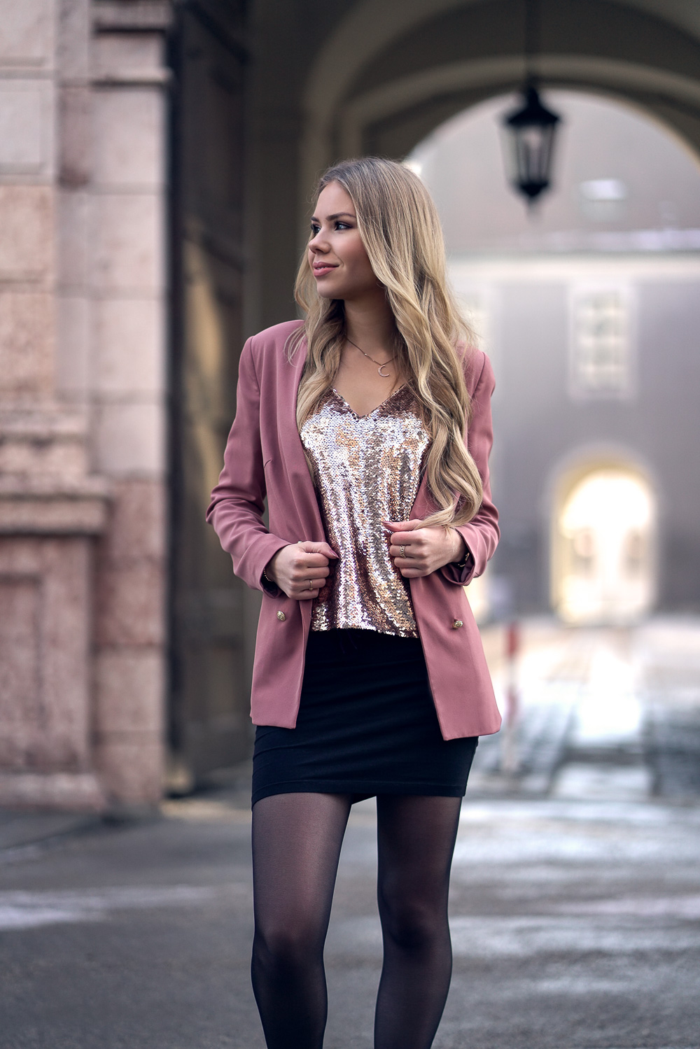 Pailletten Top rosegold-Blazer-Mini Rock