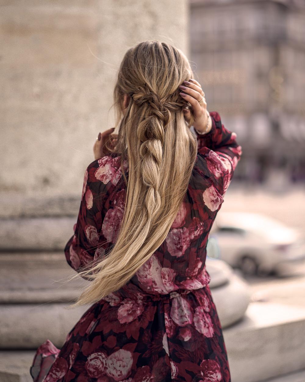 Rosenmuster Kleid von Nakd