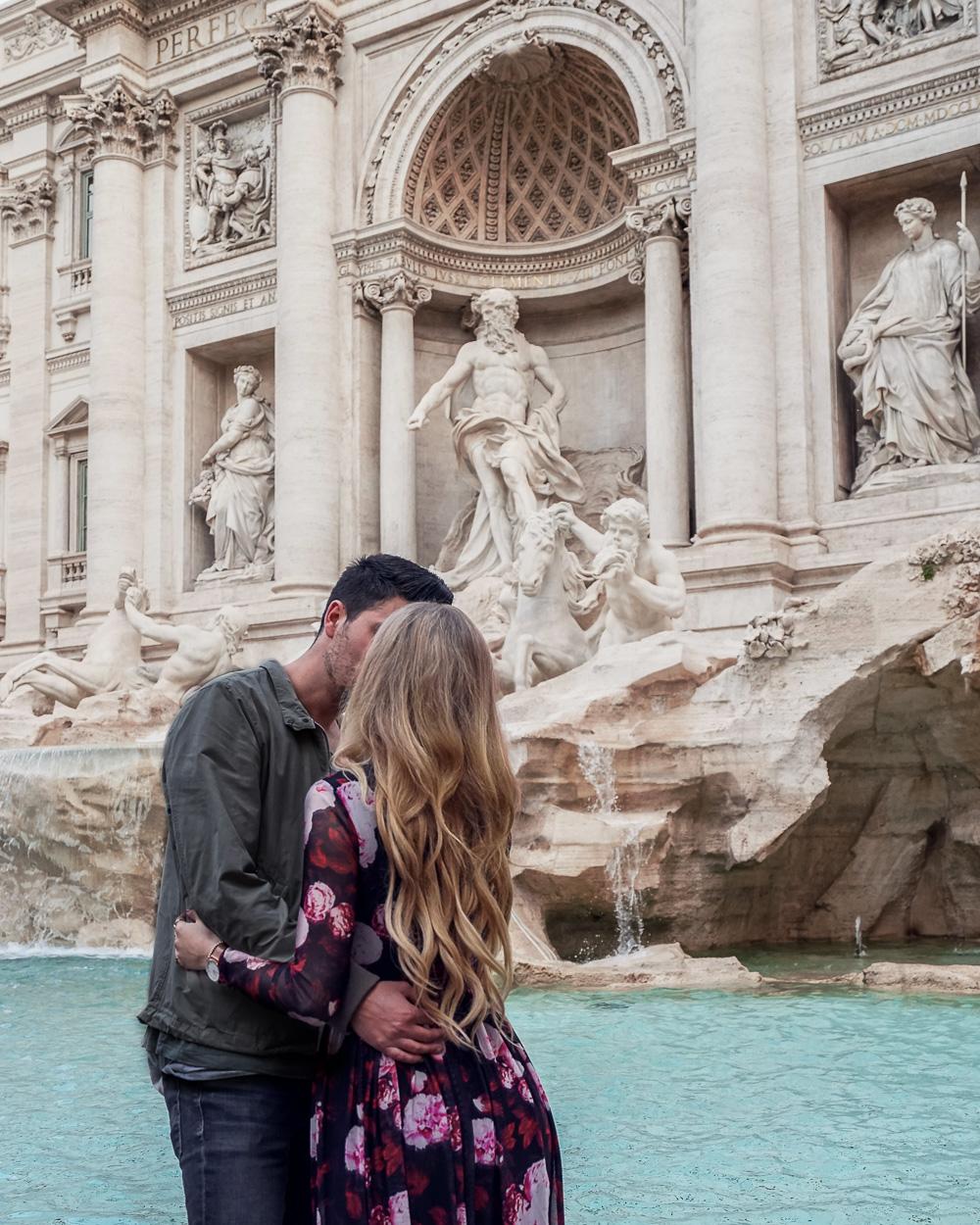 Pärchenbild am Fontana di Trevi
