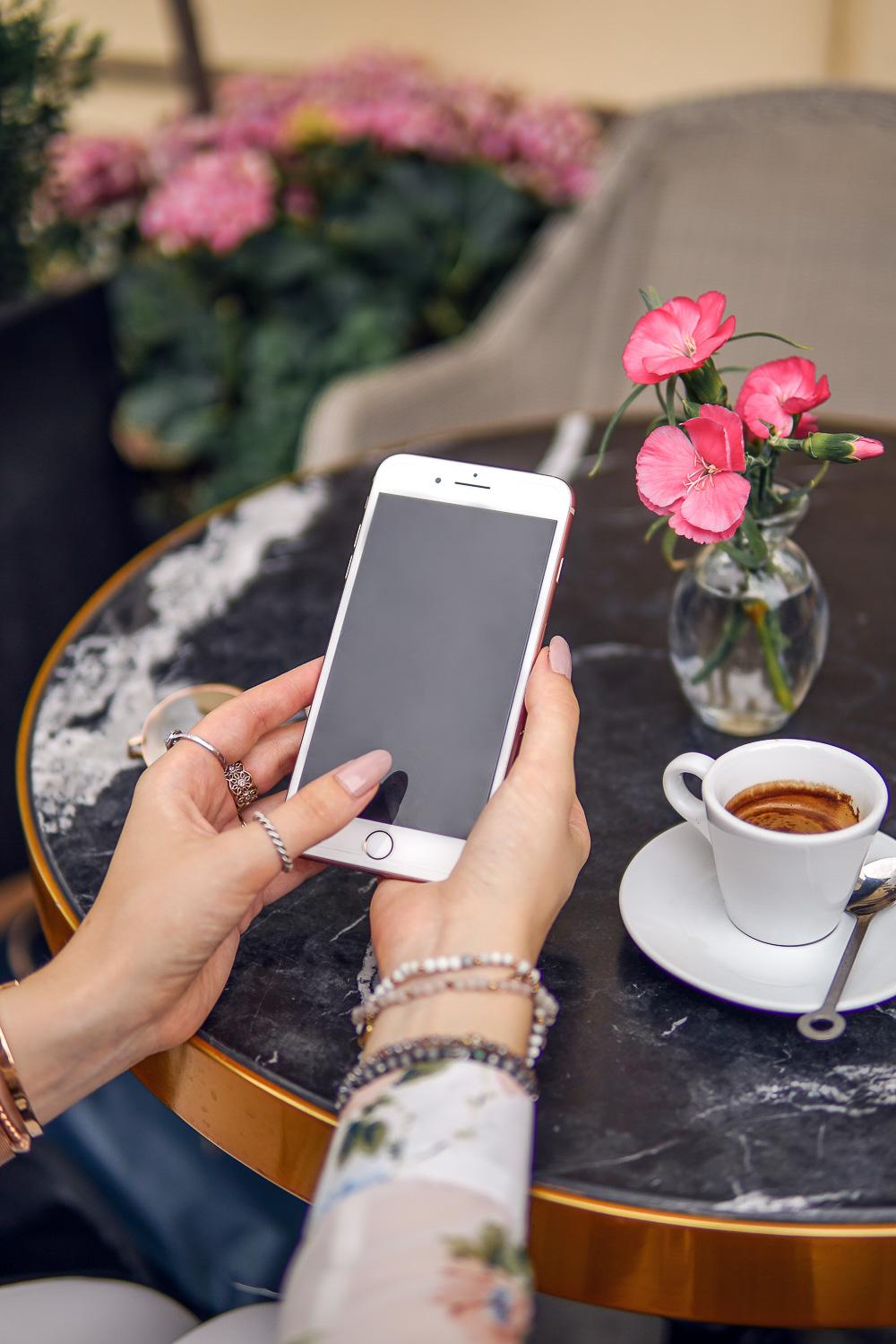 iPhone 8 Plus Instagram Update - Blogger