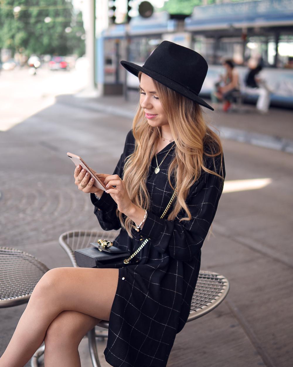 Mobile Banking Geld überweisen an Freunde