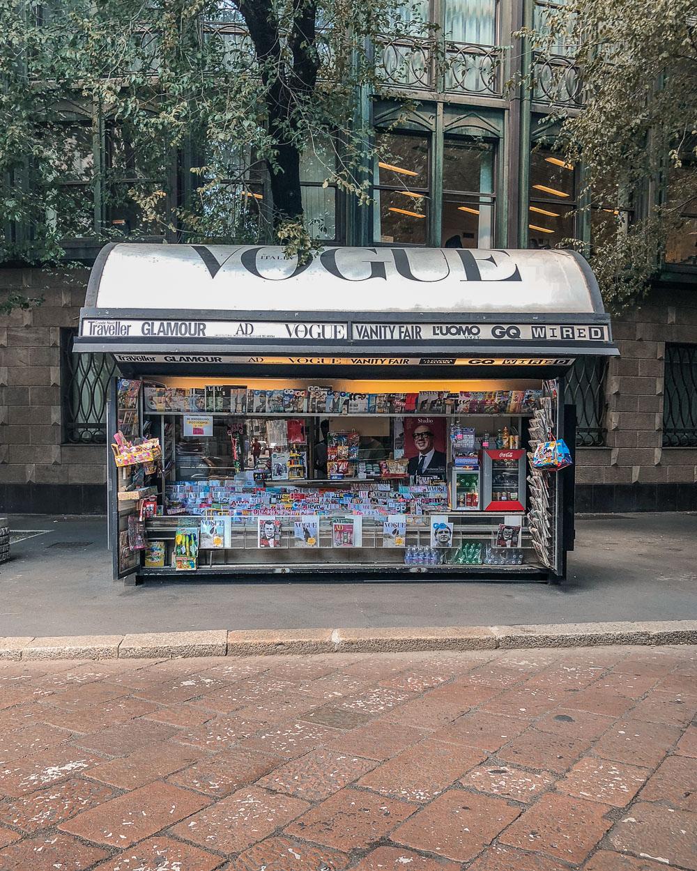 Vogue Stand Kiosk Mailand Milano