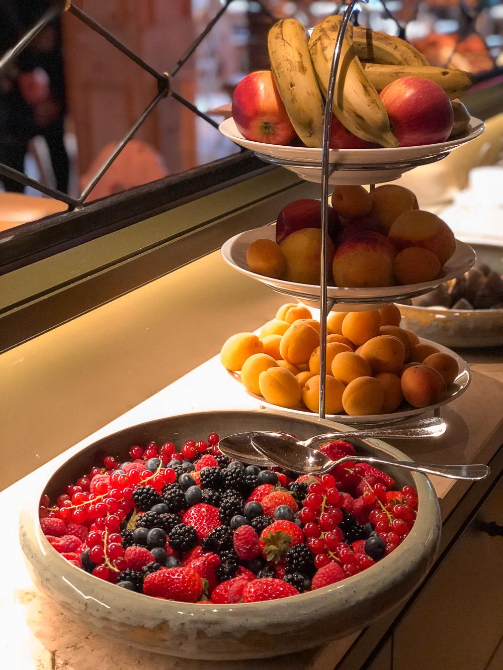 Frühstücksbuffet-frisches Obst