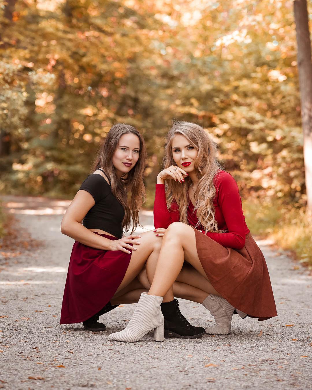 Herbstliches Freunde Foto im Wald mit Lightroom Preset Golden Grace